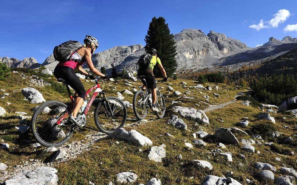 Езда на велосипеде по пересеченной местности