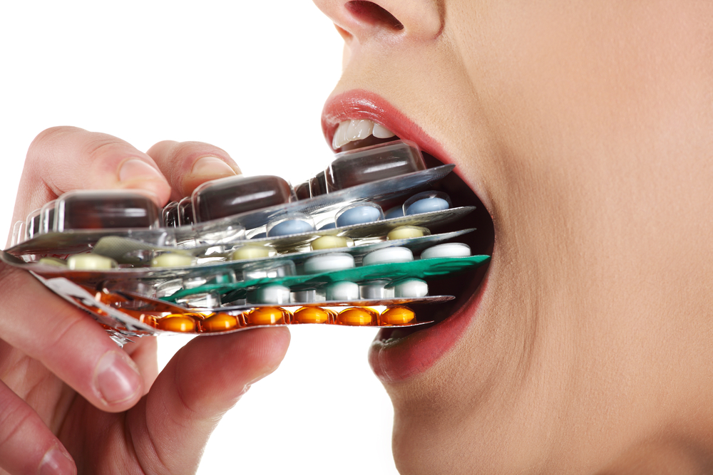 Таблетки постепенно отравляют организм