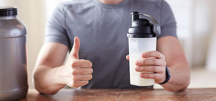 Прием протеинового коктейля