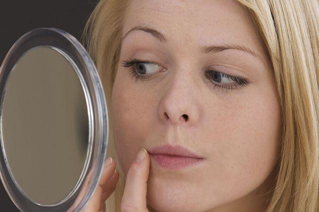 Если жиров нет, кожа становится тусклой, на ней появляются высыпания, возникает риск венозной недостаточности, тромбоза сосудов, варикозного расширения вен.
