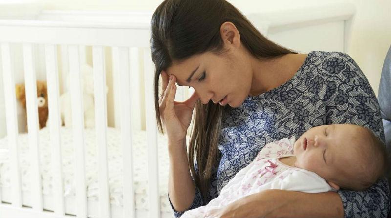 послеродовая депрессия у мамы: что делать