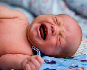 плаксивость и нервозность - первая стадия ишемической болезни мозга у новорожденных