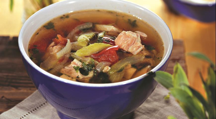 Суп с сельдереем на томатах