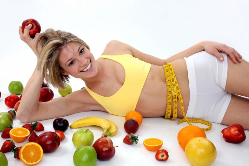 Сочетать с препаратом диету и физические нагрузки