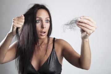 Что делать, если у женщин высокий уровень тестостерона