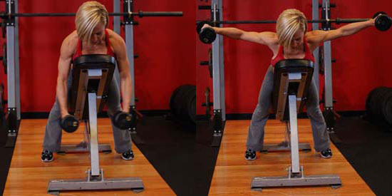 Систематические тренировки на мышцы плеч