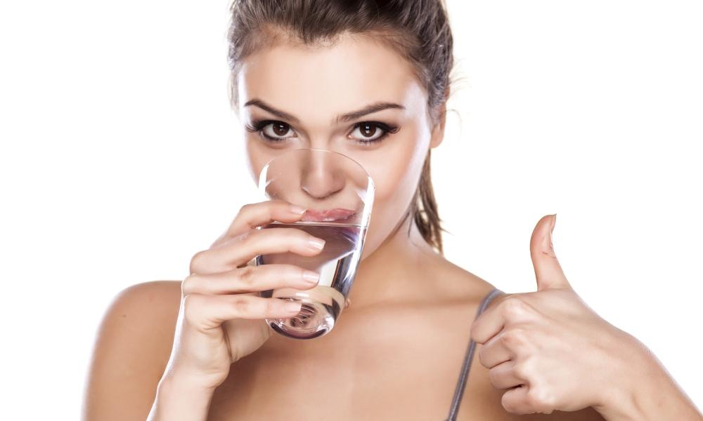 Выпейте стакан воды