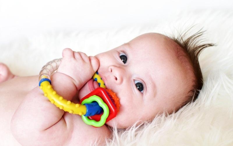 прорезыватель для новорожденного