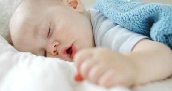 младенец хрипит