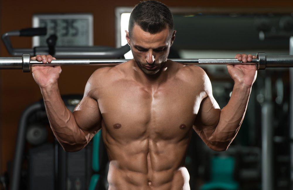 Основы тренировки на массу: особенности фитнеса и питания