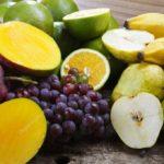 Манго, виноград, бананы